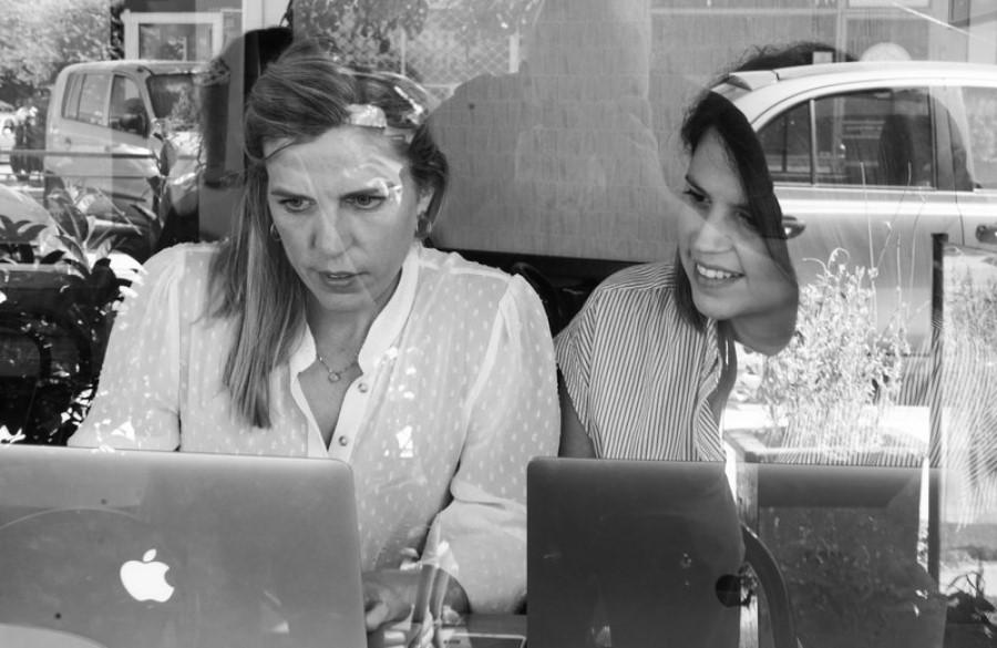 Συγγραφείς της χρονιάς οι Βικτώρια Δενδρινού και Ελένη Βαρβιτσιώτη | Βραβεία Προμηθέας 2019