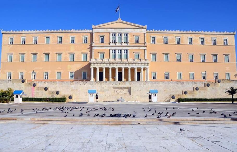 Η Νομοθέτηση στην Ελλάδα:  Πώς θα έπρεπε να φτιάχνονται οι νόμοι, πώς νομοθετούμε στην πράξη και ποια προβλήματα δημιουργούνται;