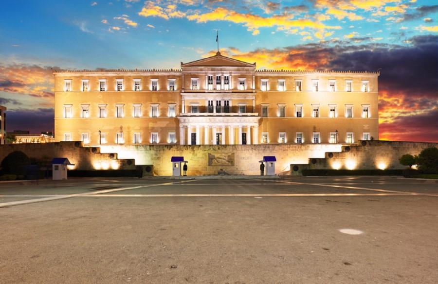 Η Νομοθέτηση στην Ελλάδα: Ποια είναι τα βασικά προβλήματα που δημιουργεί η κακή νομοθέτηση;